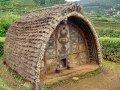 reb-tradit-india-toda-hut-orig-x1280-wikcom09c.jpg